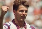 Dia inspirado: Salenko tornou-se o recordista de gols em um �nico jogo: 5 diante de Camar�es