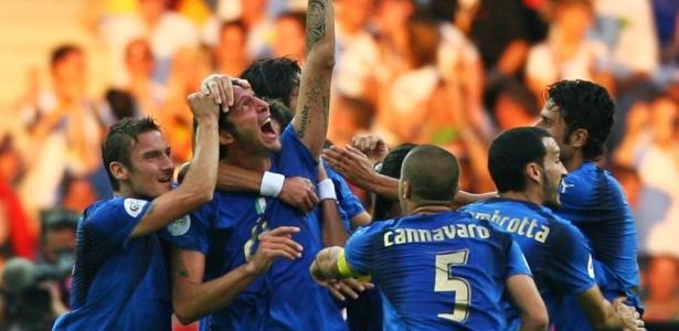 Sele��o italiana supera 'maldi��es' para conquistar o tetracampeonato mundial