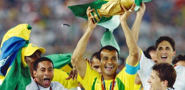 Cinco vezes Brasil: 'Erres', uni�o do grupo e sorte garantem penta na �sia