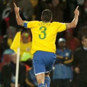 Lúcio ressalta a qualidade de Neymar, mas opina que clamor da torcida não fará Dunga convocá-lo