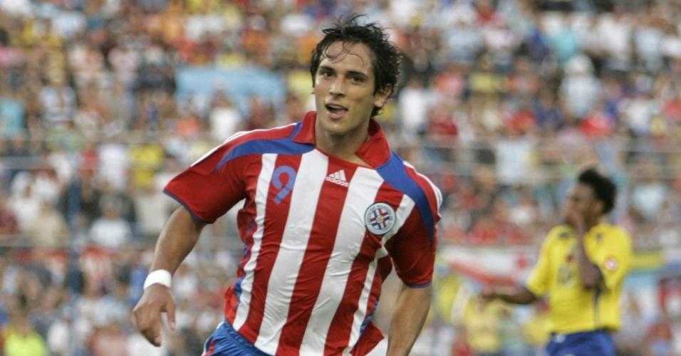 Roque Santa Cruz, atacante da seleção paraguaia