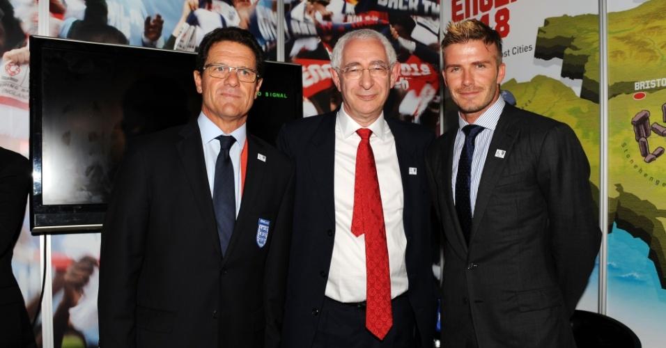 Lorde Triesman ao lado do técnico Fabio Capello e de David Beckham em campanha pela candidatura inglesa pela Copa de 2018