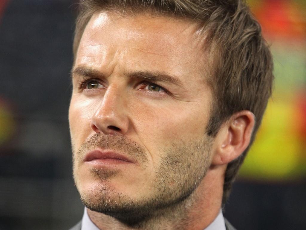David Beckham foi o único jogador que teve falou com invasor no vestiário da Inglaterra