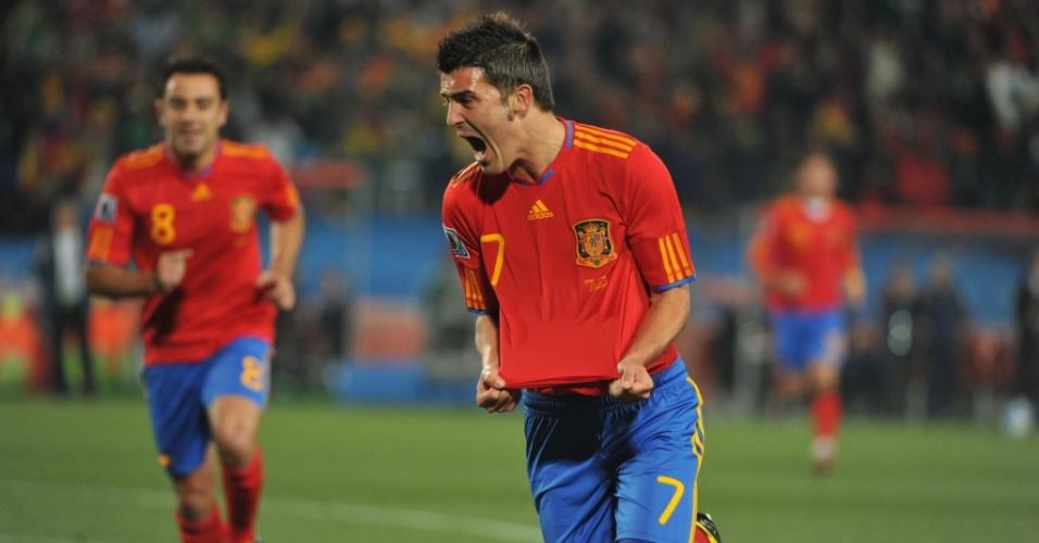 David Villa (7) comemora ao abrir o placar para a Espanha contra Honduras