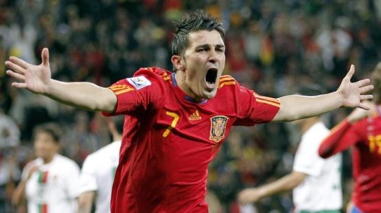 David Villa comemora ao abrir o placar para a Espanha contra Portugal