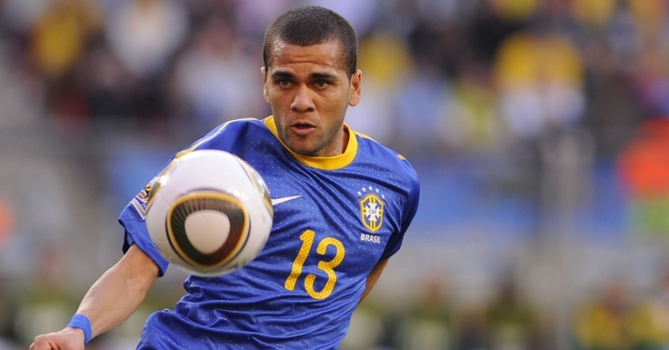 Daniel Alves no jogo Brasil x Holanda