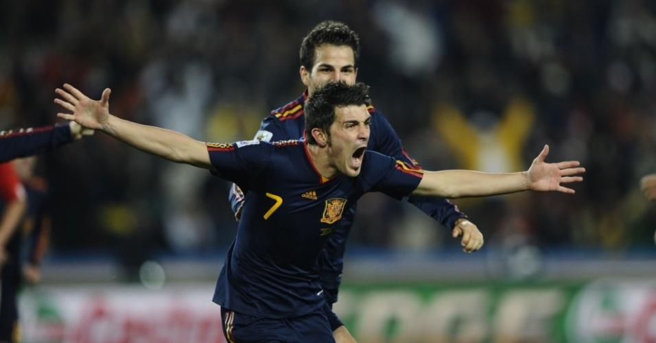 Villa comemora ao marcar o primeiro gol da Espanha contra o Paraguai