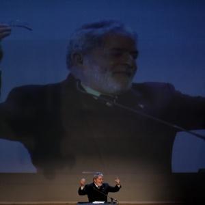 Lula desconstruiu o projeto do  ministério do turismo para Copa de 2014 durante discurso na África