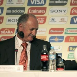 53e05fc33a Técnicos italianos comemoram confronto em grupo do Brasil - Notícias - UOL  Copa do Mundo 2014