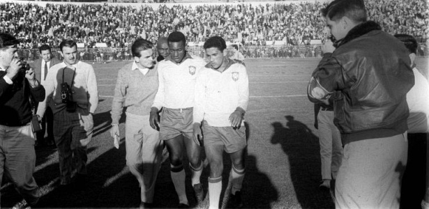 Mané genial: Sem Pelé, Garrincha leva a seleção rumo ao bi mundial