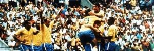 Seleção brasileira, considerada a melhor da história, dá show e ganha a taça Jules Rimet