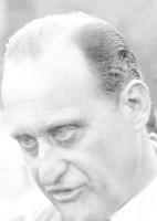 João Havelange, presidente da FIFA, enaltecendo o país anfitrião, que vivia sob violenta ditadura, em troca do apoio que recebeu em sua candidatura à presidência da entidade