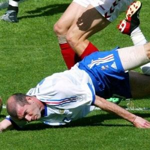 Fiasco: A França fez a pior campanha de uma seleção que defendia título: terminou na 28ª colocação