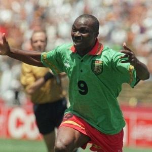 Experiência: Aos 38 anos, Milla bateu o recorde de jogador mais velho a marcar em Copas do Mundo