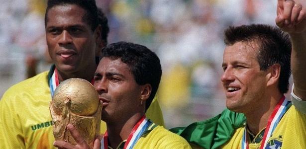 Com Romário inspirado, seleção brasileira ganha seu primeiro título sem Pelé