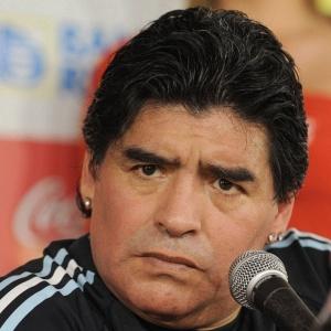 Técnico argentino Diego Armando Maradona se diz encantado com o trabalho de Lionel Messi