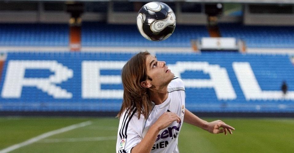 Argentino Fernando Gago, com a camisa do Real Madrid, da Espanha