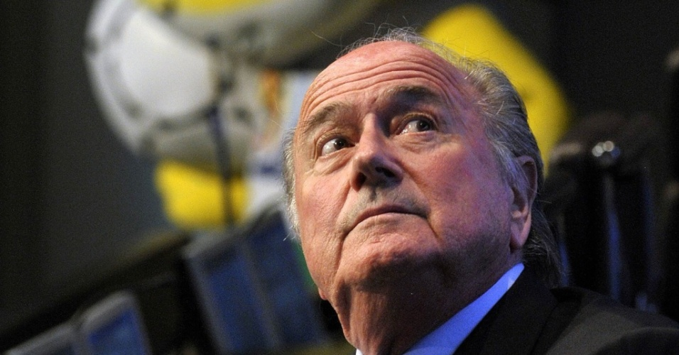 Joseph Blatter concede entrevista na sede da Fifa em Zurique