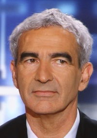 Raymond Domenech está perto de ser o técnico que mais comandou a França