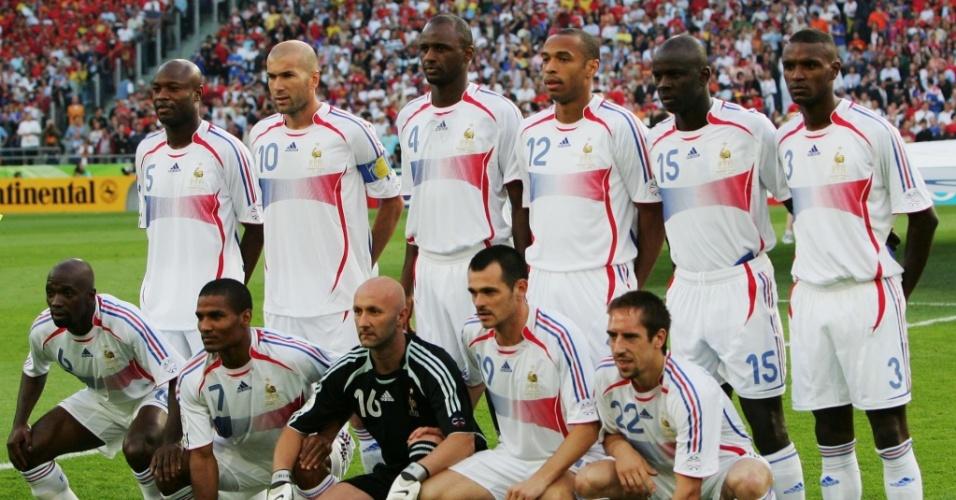 Seleção da França posa para foto antes da partida de oitavas de final contra a Espanha na Copa de 2006