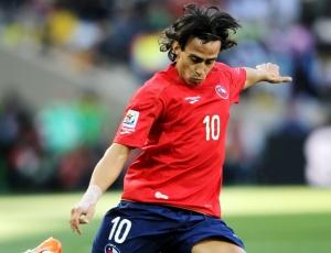 Após sua primeira partida em uma Copa do Mundo, chileno Valdivia avisa que está perto do Palmeiras