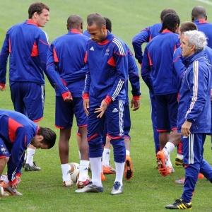 Thierry Henry se livrou de acusações sobre liderar movimento contra o técnico Raymond Domenech