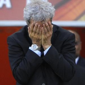 Tática errada: Itália e França apostam em continuísmo e afundam com mesmo treinador de 2006