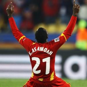 Kwadwo Asamoah comemora após a vitória ganense na partida contra os Estados Unidos
