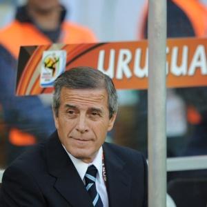 Tabárez deve se manter como técnico do Uruguai
