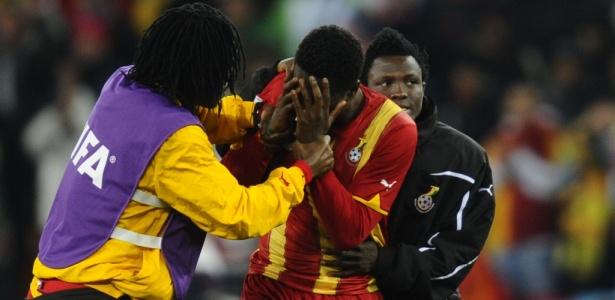 Uruguai 1 (4) x (2) 1 Gana: Pênaltis selam eliminação de Gana; África dá adeus à Copa