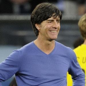 Macumba portenha?: Técnico Joachim Low irá renovar por dois anos com a seleção alemã, diz jornal