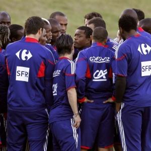 Seleção francesa boicotou treino em protesto contra o afastamento de Anelka