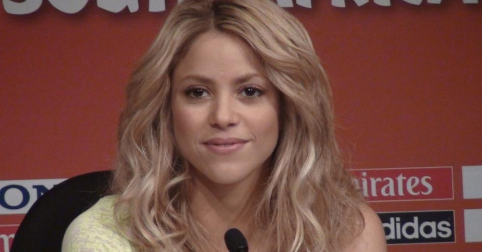 Shakira participa de entrevista coletiva na África do Sul