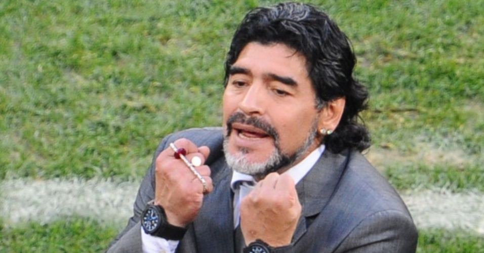 Maradona durante a partida que tirou a Argentina da Copa, após a derrota para a Alemanha
